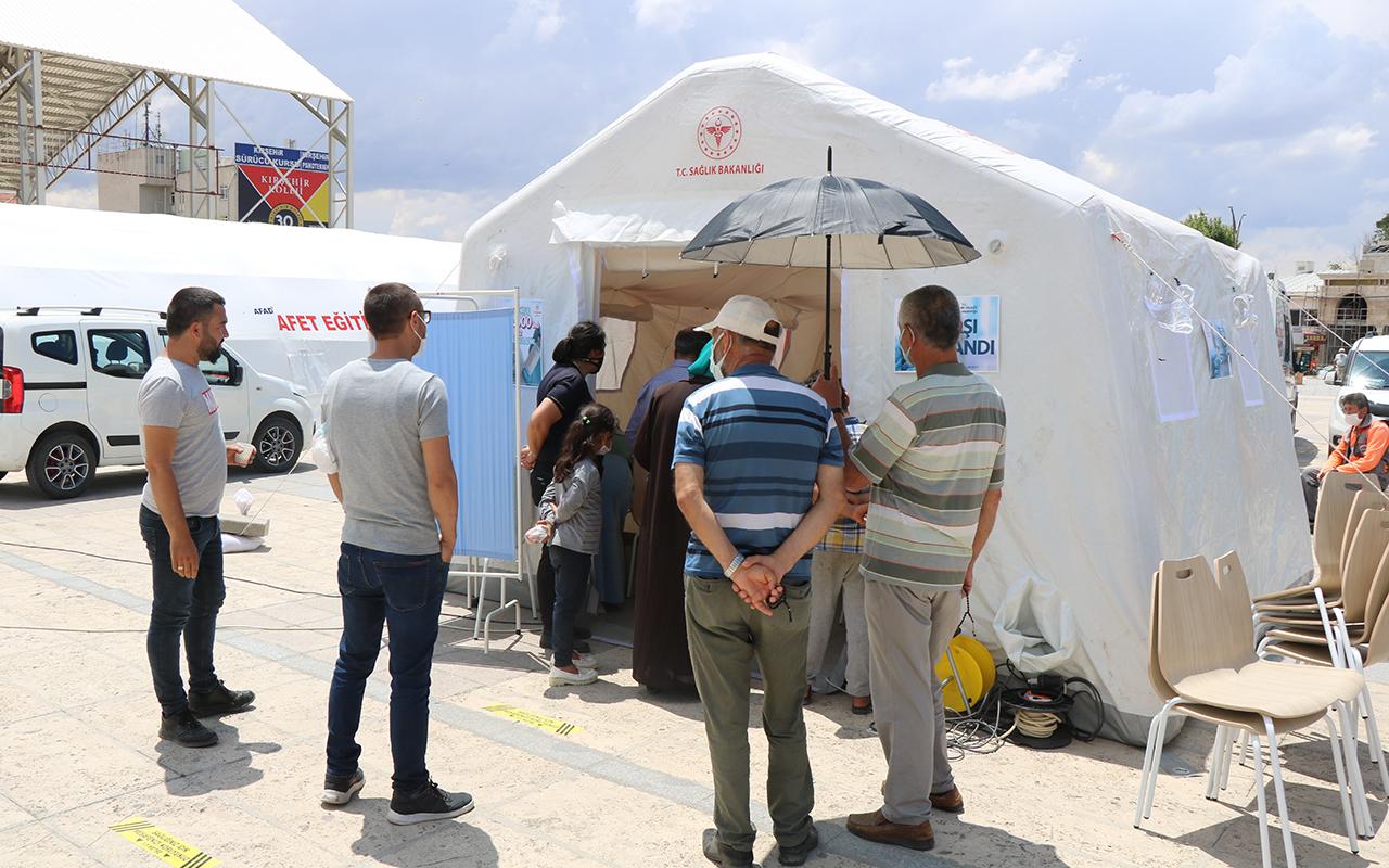Kırşehir'de çadırda aşı seferberliği