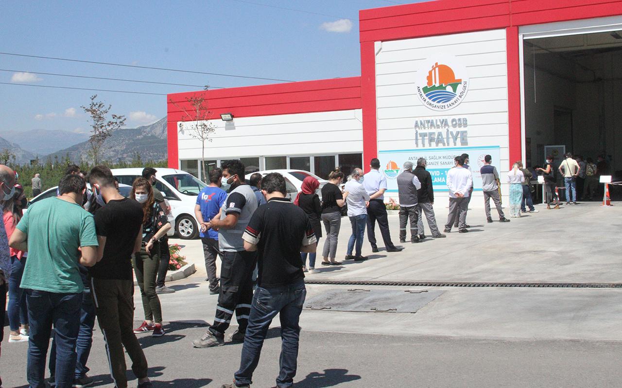 Antalya Organize Sanayi Bölgesi'nde aşılama yoğunluğu