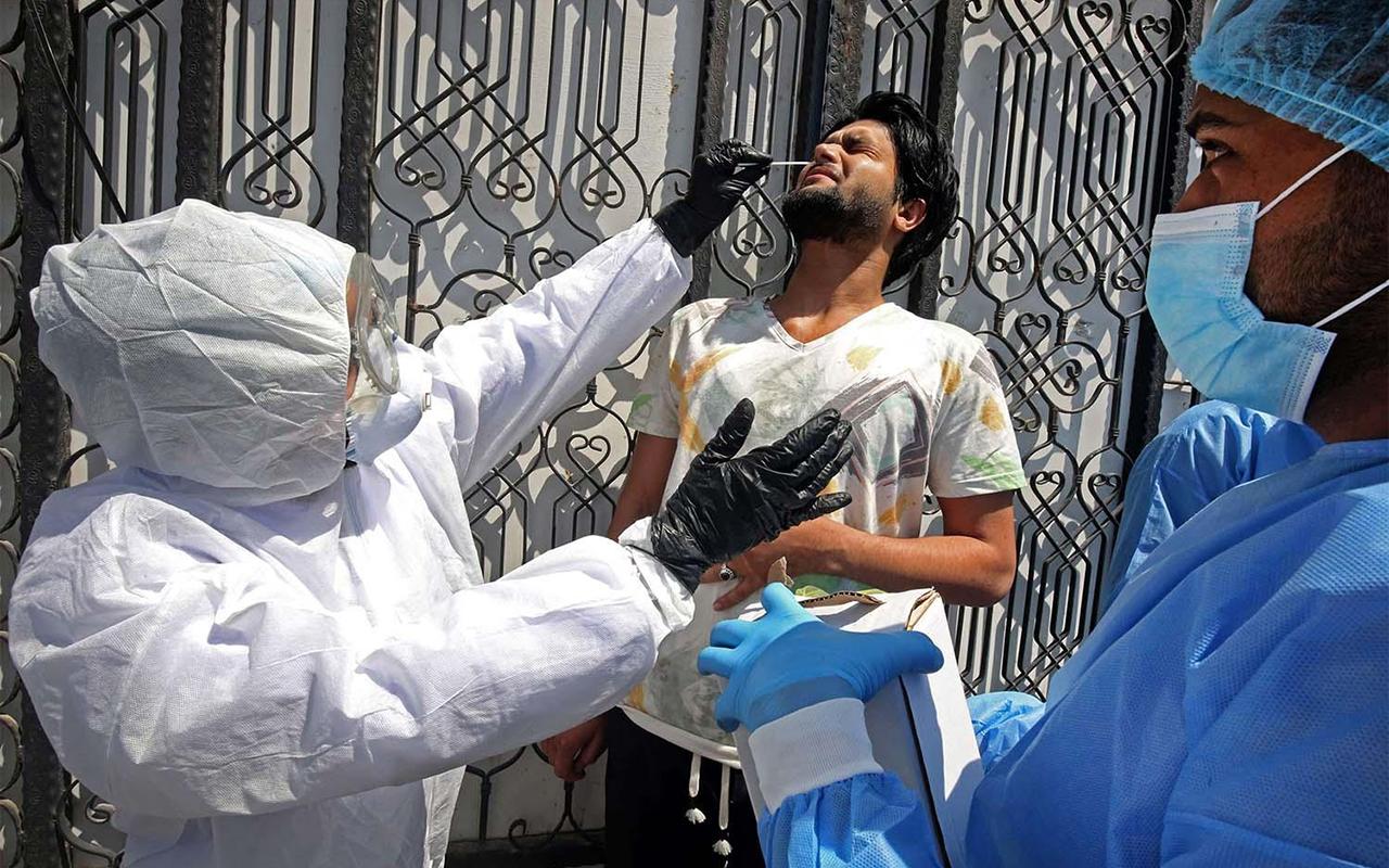 Irak Sağlık Bakanlığı'ndan 3. dalga uyarısı