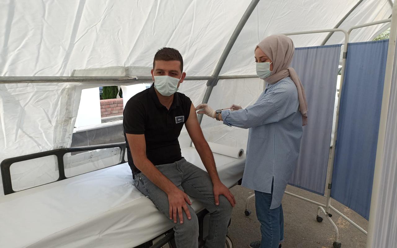 Iğdır'da mobil aşı merkezleri hizmet vermeye devam ediyor