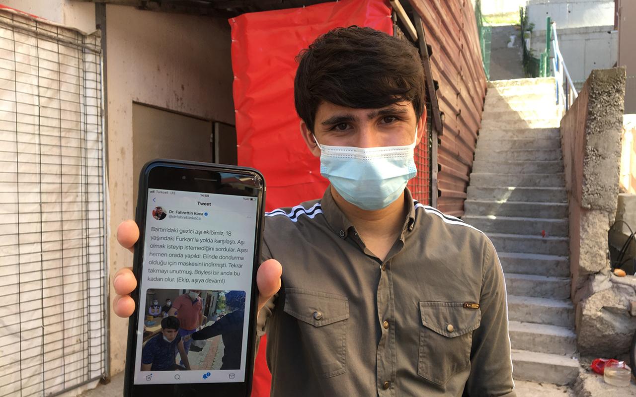 Bakan Koca'nın fotoğrafını paylaştığı Furkan o anları anlattı