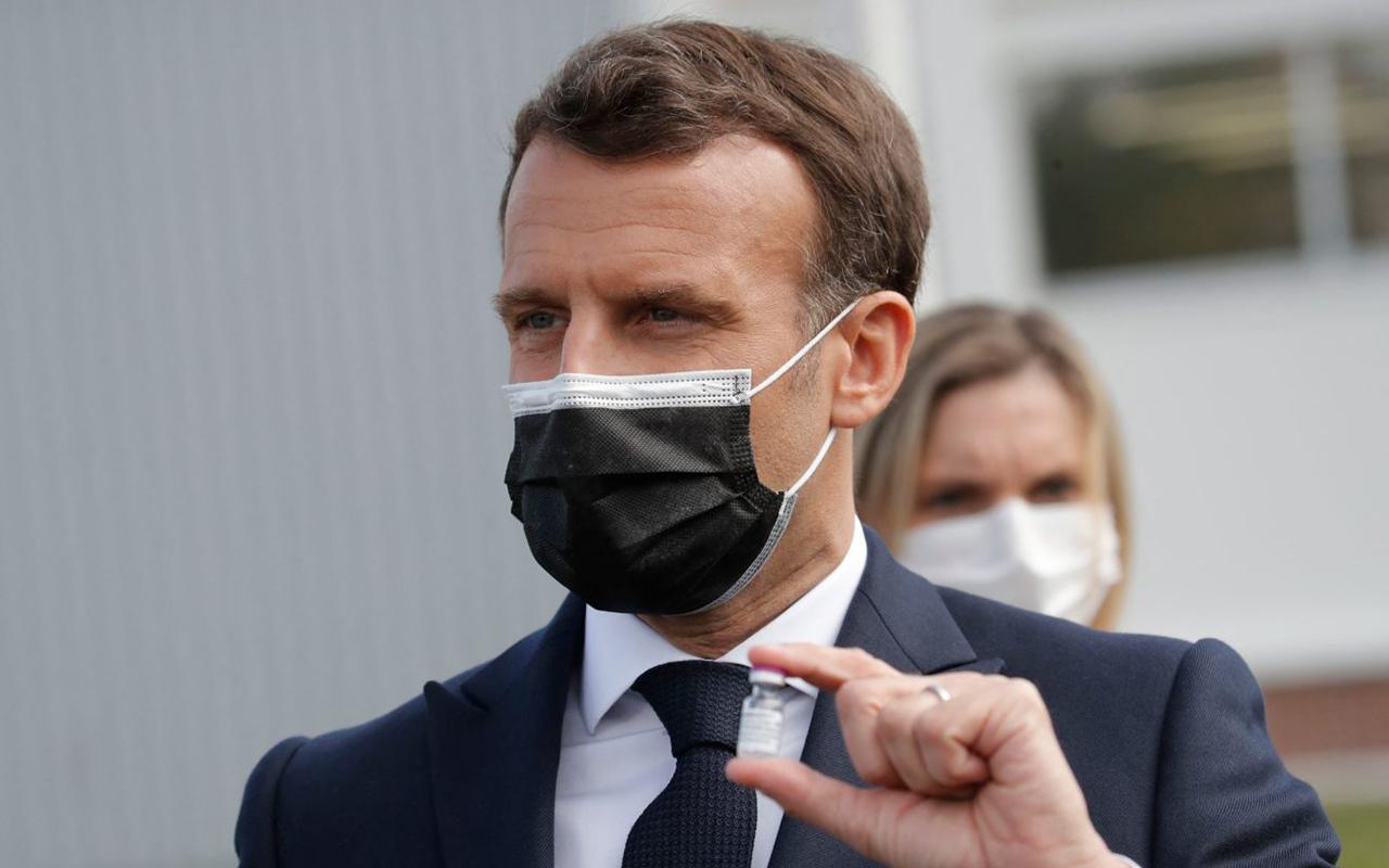 Fransa'da sağlık çalışanlarına aşı zorunlu hale geliyor