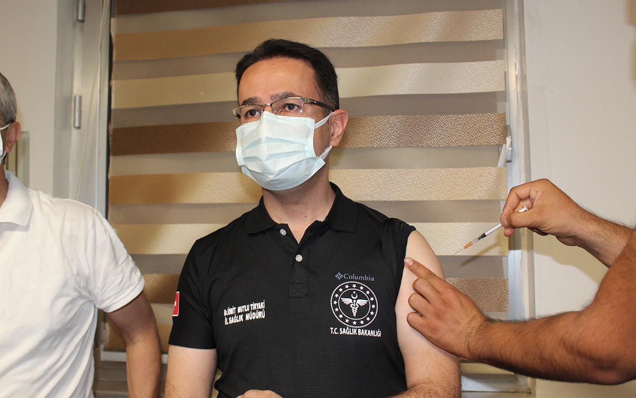 3'üncü doz aşısını yaptıran Gaziantep İl Sağlık Müdürü Tiryaki: