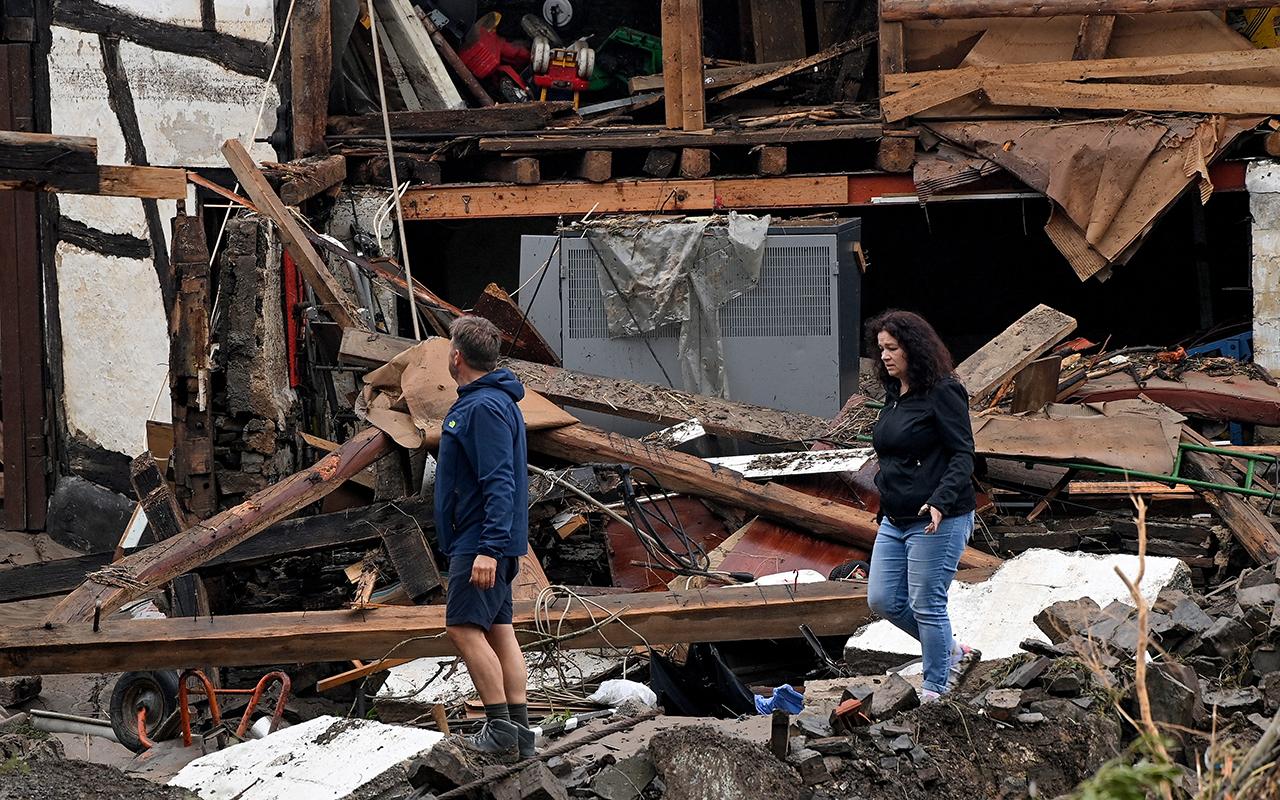 Almanya'daki sel felaketinde ölenlerin sayısı 93'e yükseldi