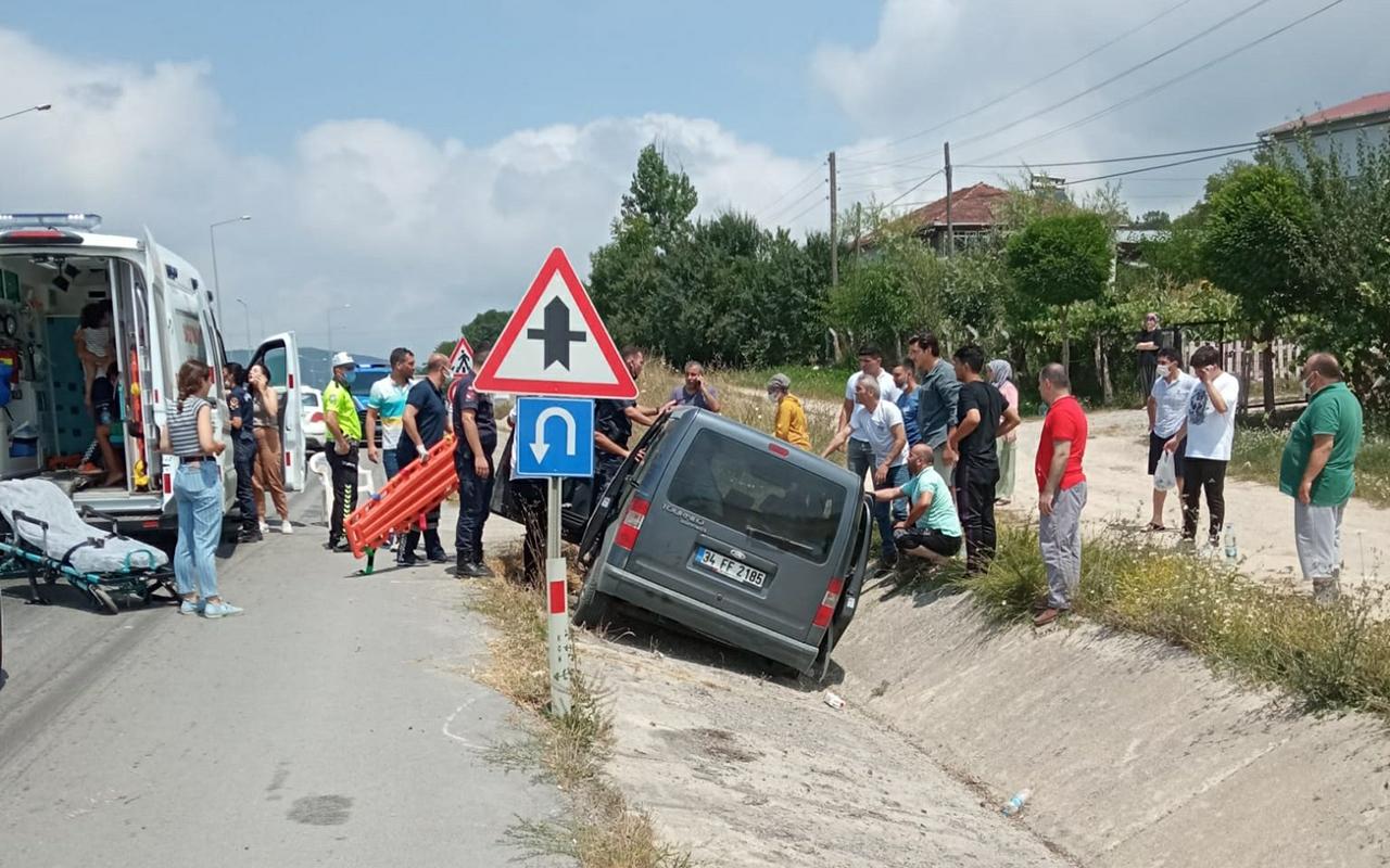 Hafif ticari araç su kanalına girdi: 6 yaralı