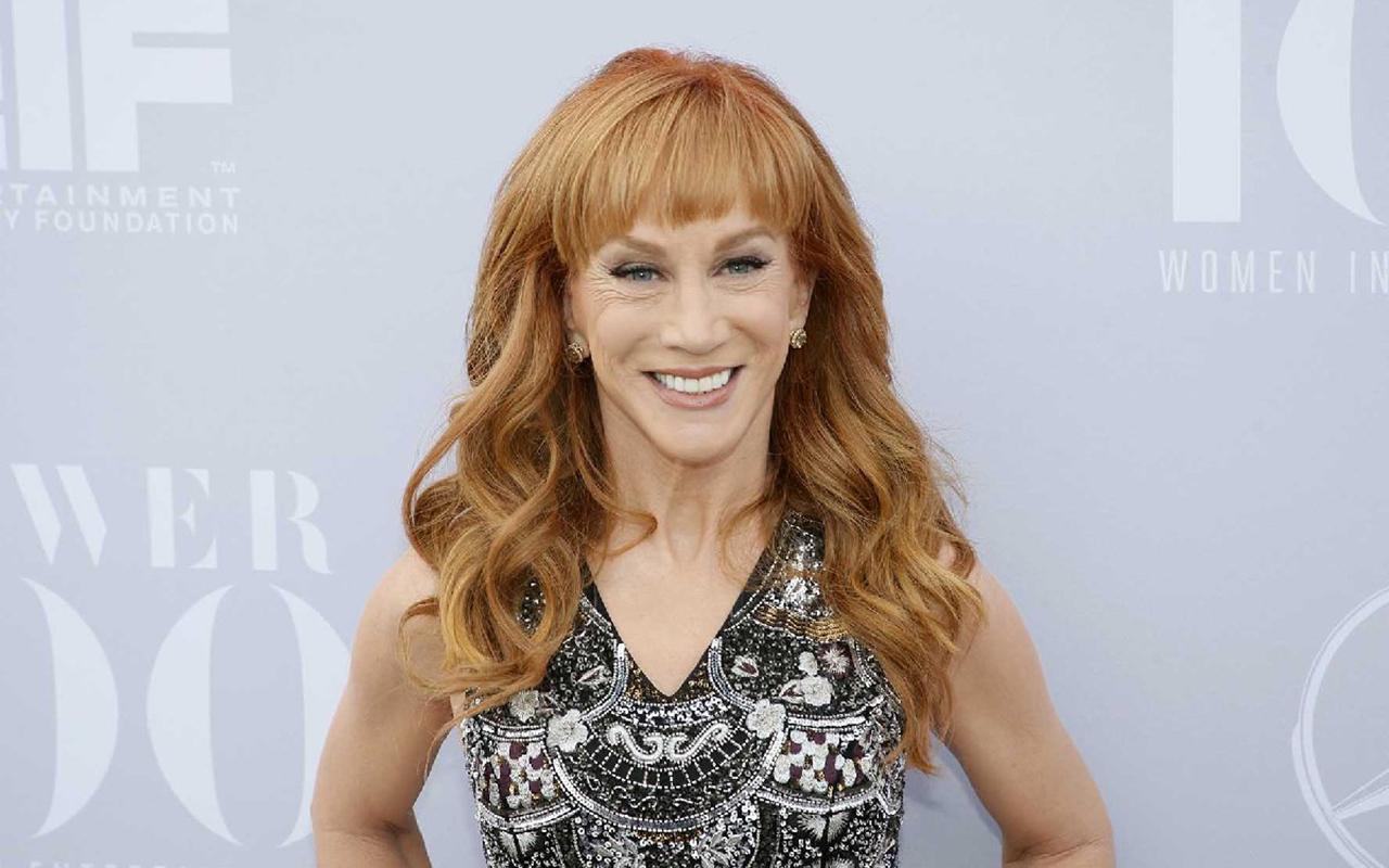 Ünlü oyuncu Kathy Griffin akciğer kanserine yakalandı