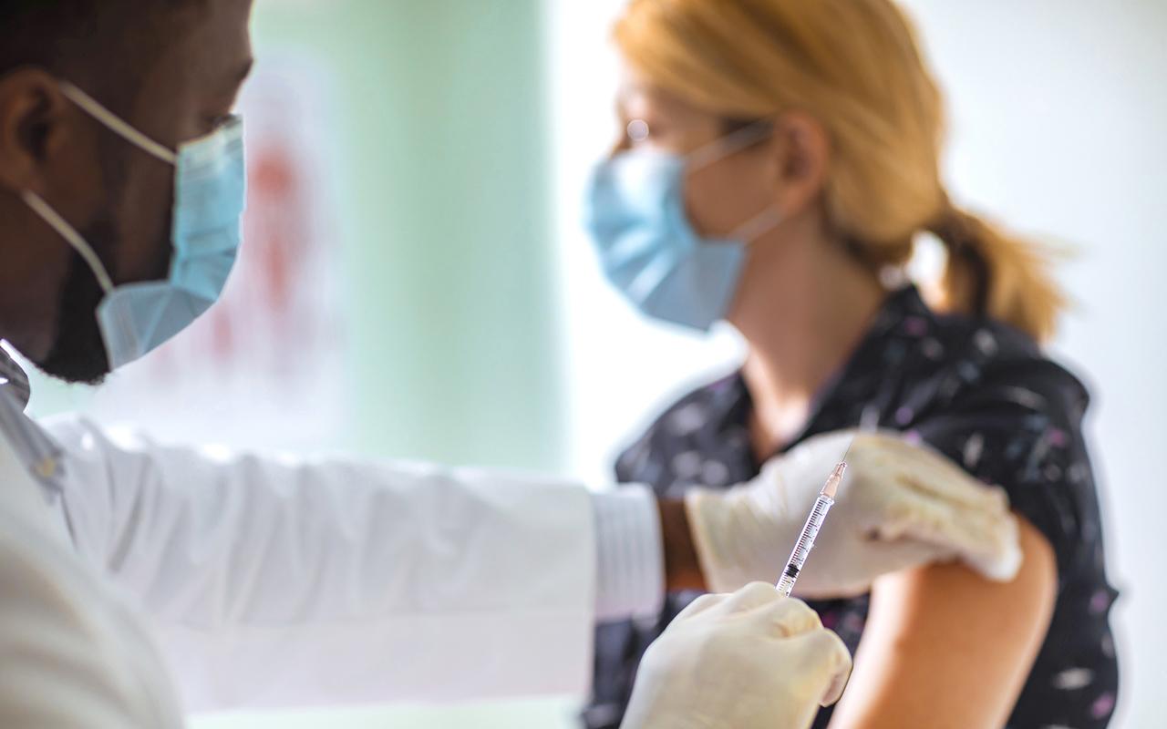 Dünya genelinde 4 milyar 400 milyon dozdan fazla Covid-19 aşısı yapıldı