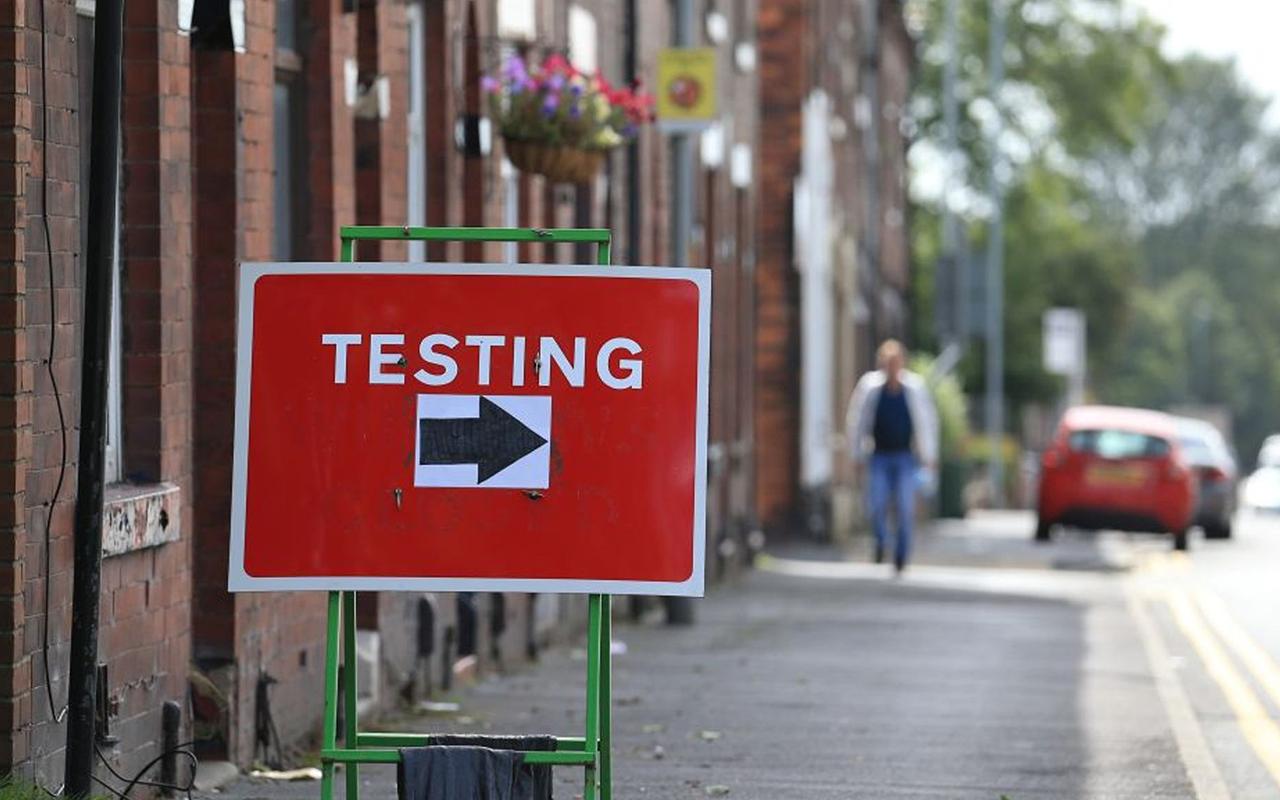 İngiltere'de son 24 saatte 27 bin 429 yeni vaka tespit edildi