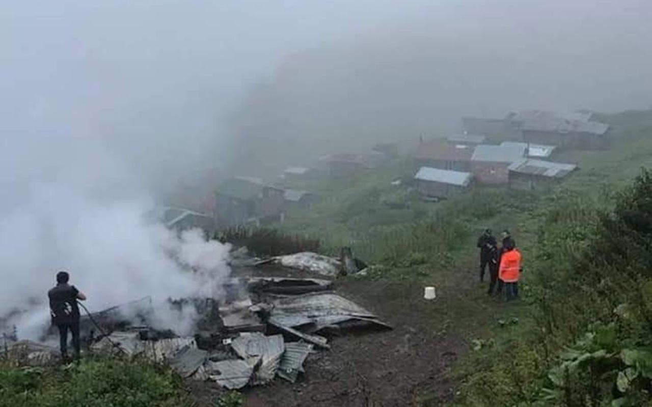 Artvin'de çıkan yangında bir kişi hayatını kaybetti