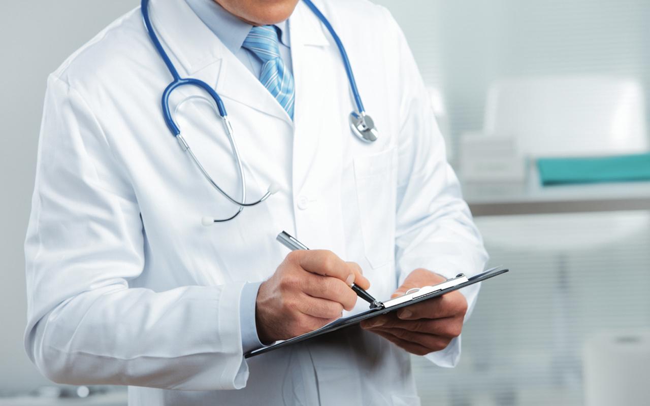 Sahte doktor 8 ay hastanede çalışmış