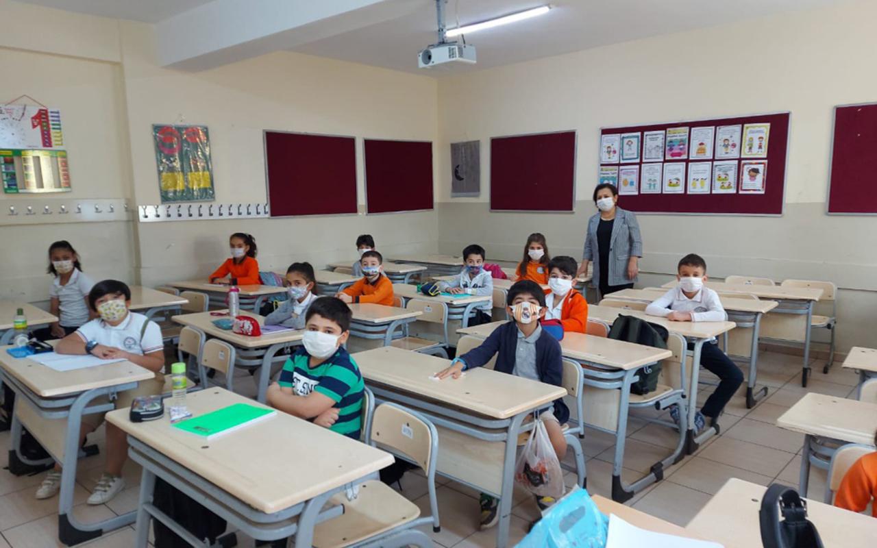 Bilim Kurulu üyesi Akın'dan yüz yüze eğitim açıklaması