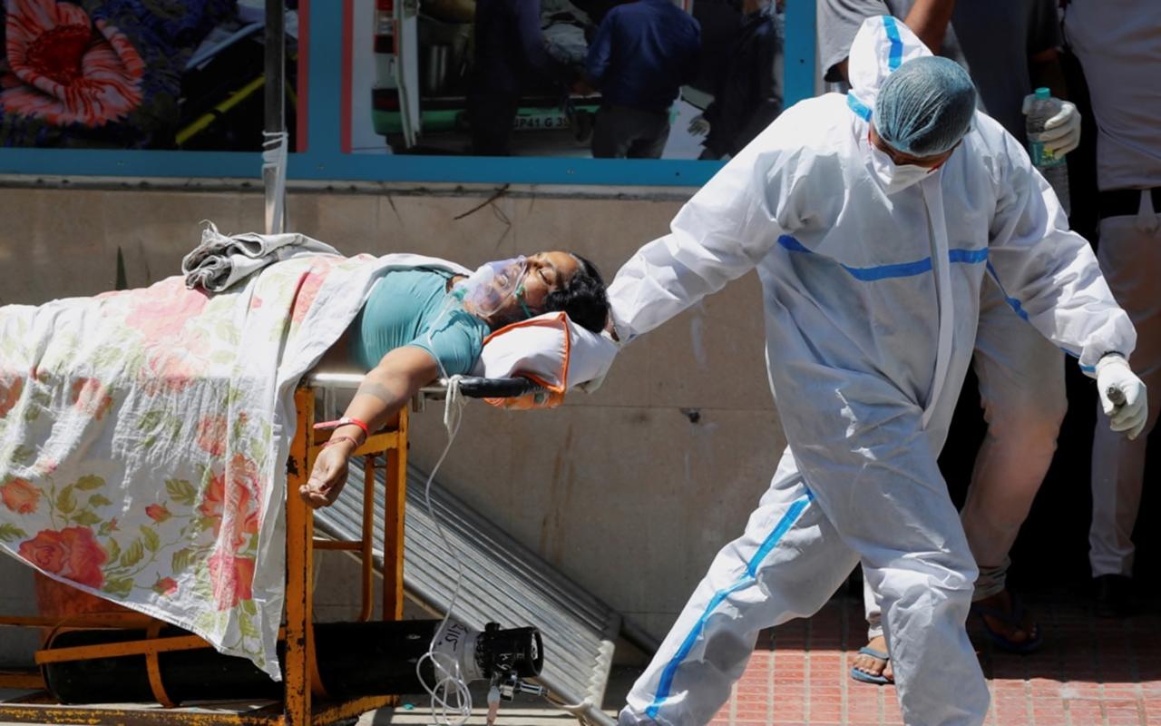 ABD'de vakalar arttı, hastanelerde yatak sıkıntısı başladı