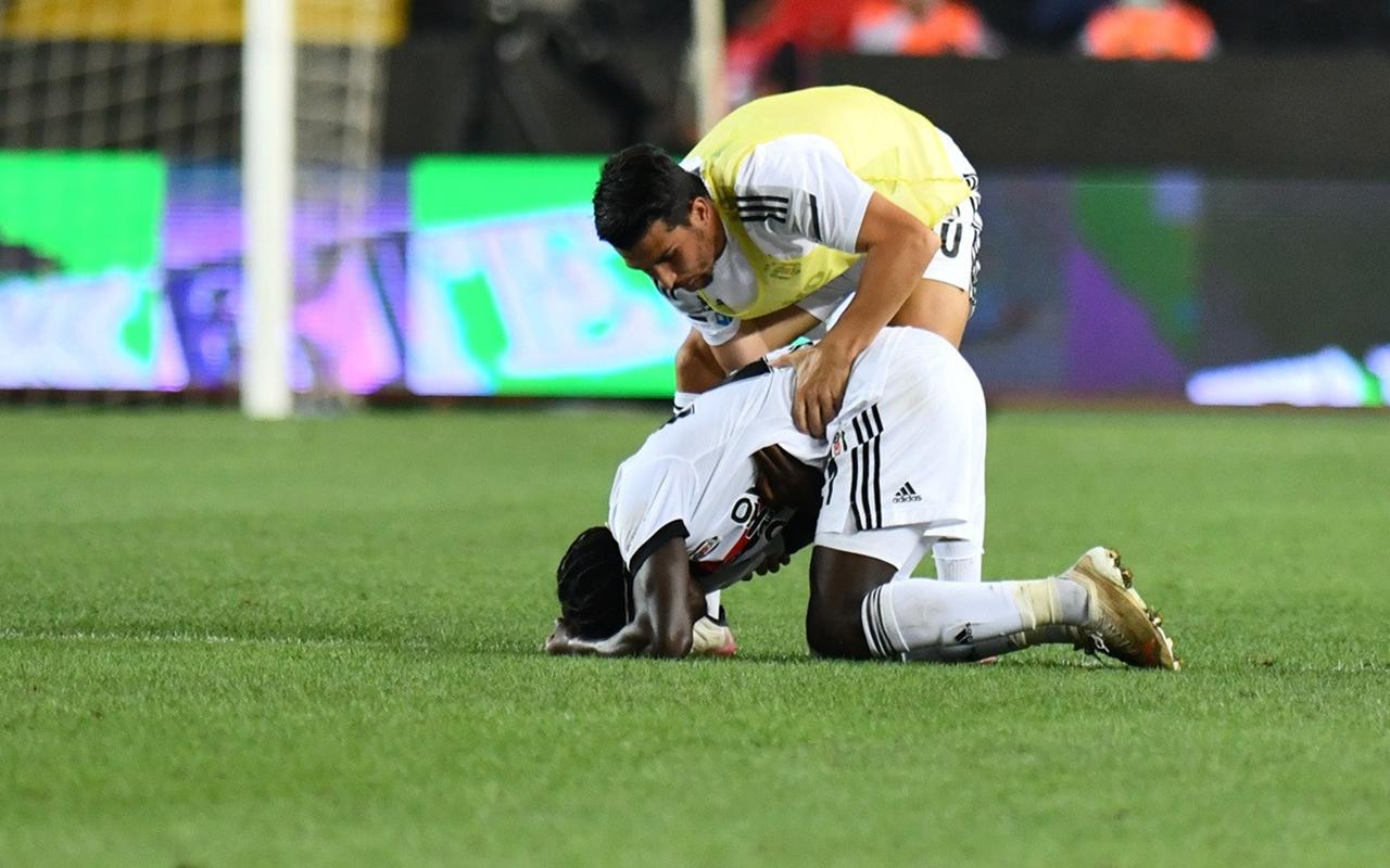 Gaziantep FK- Beşiktaş maçında Fabrice N'Sakala fenalaştı! Son durumu açıklandı