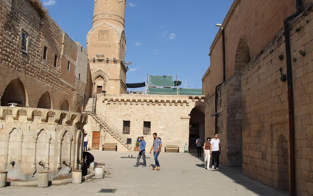 Aşı sıralamasında sondan ikinci olan Mardin'de minareden aşı çağrıları yapılmaya başlandı