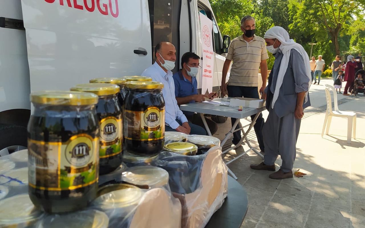 Aşılamada Türkiye ortalamasının altında olan Şanlıurfa'da pekmezli aşı teşviki