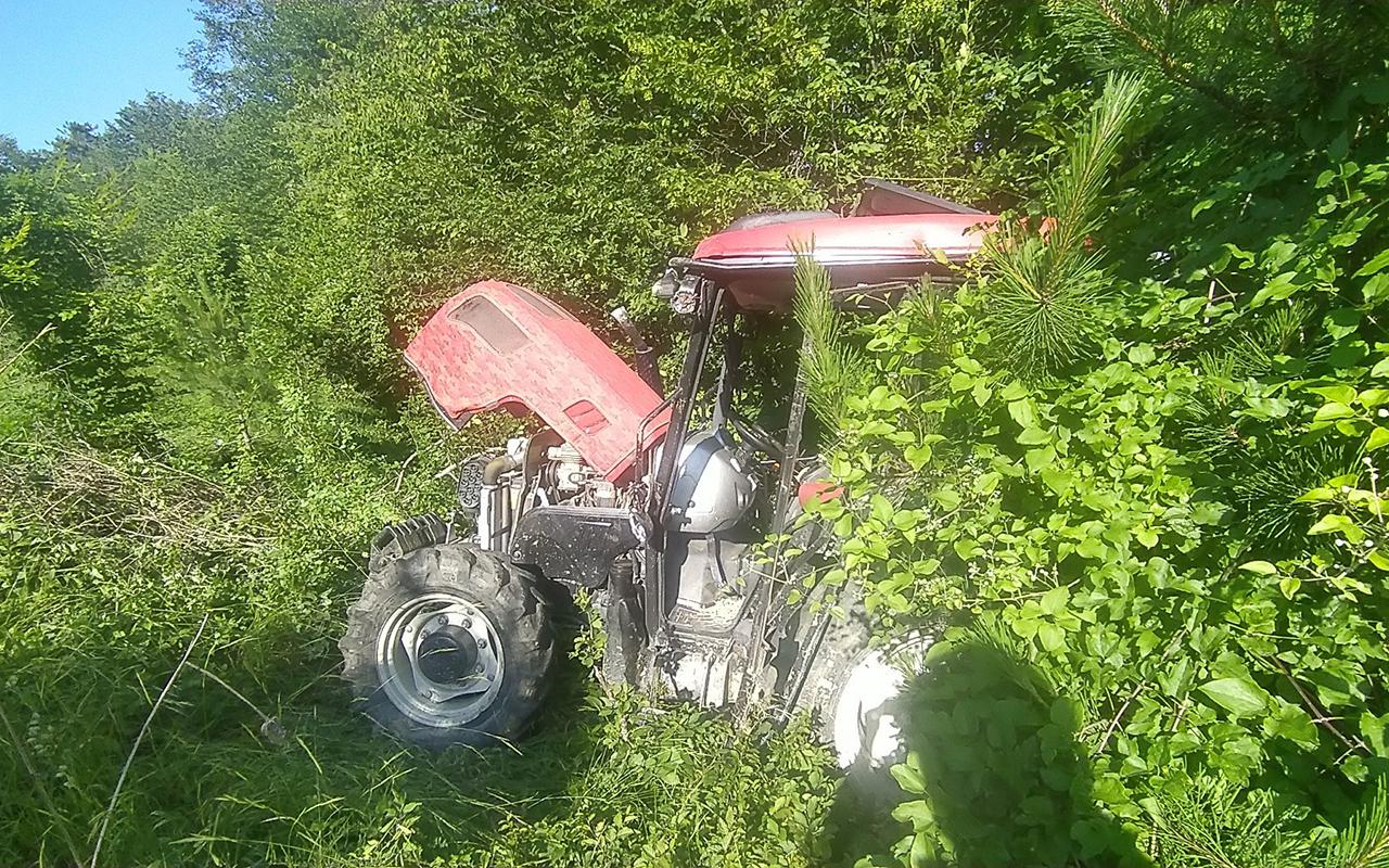 Traktör kazasında ağır yaralanan sürücü, yaşam mücadelesini kaybetti
