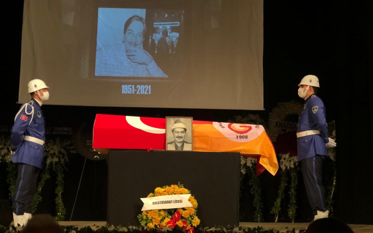 Büyük ustaya veda… Ferhan Şensoy son yolcuğuna uğurlanıyor
