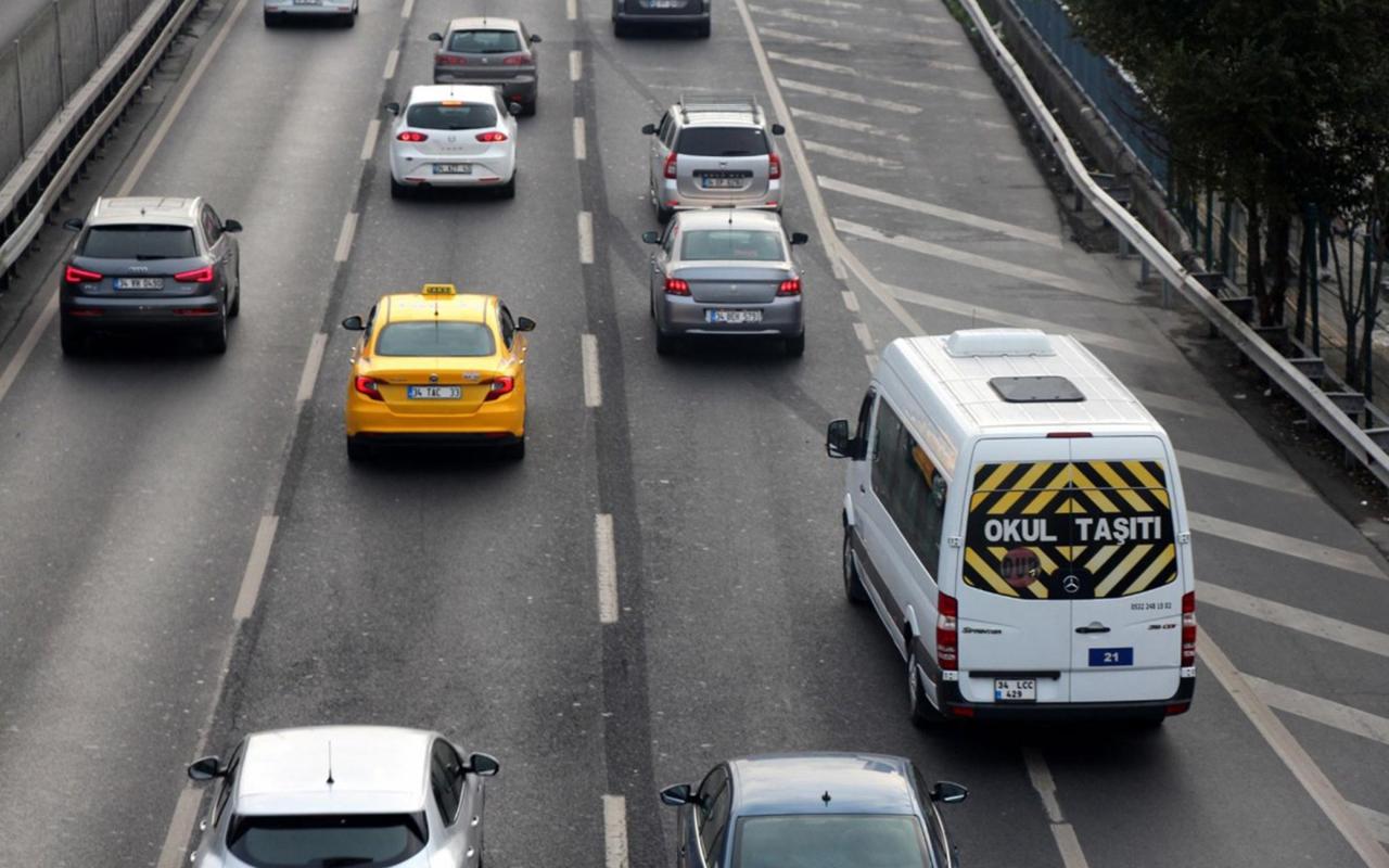 İstanbul'da okul servis şoförlerinin yüzde 94'ü aşılandı