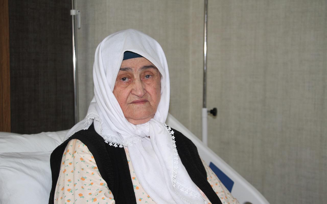 2 doz aşı hayatta tuttu, 89 yaşındaki hasta koronayı hafif atlattı